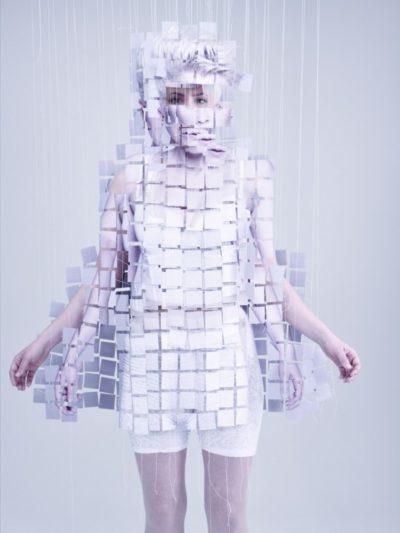 Straddling the Worlds of Fashion
